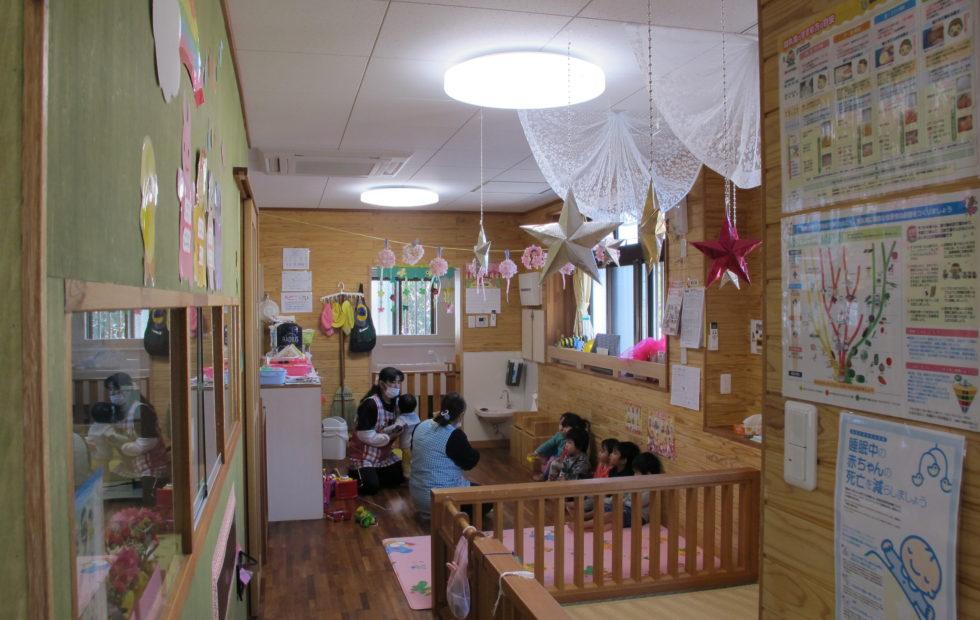 小規模保育園の乳児室とほふく室(0歳)