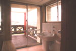 乳児室トイレ(デッキに繋がる)