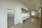 準備室棚と仕切り壁