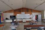 改修前の食堂と準備室との仕切り壁